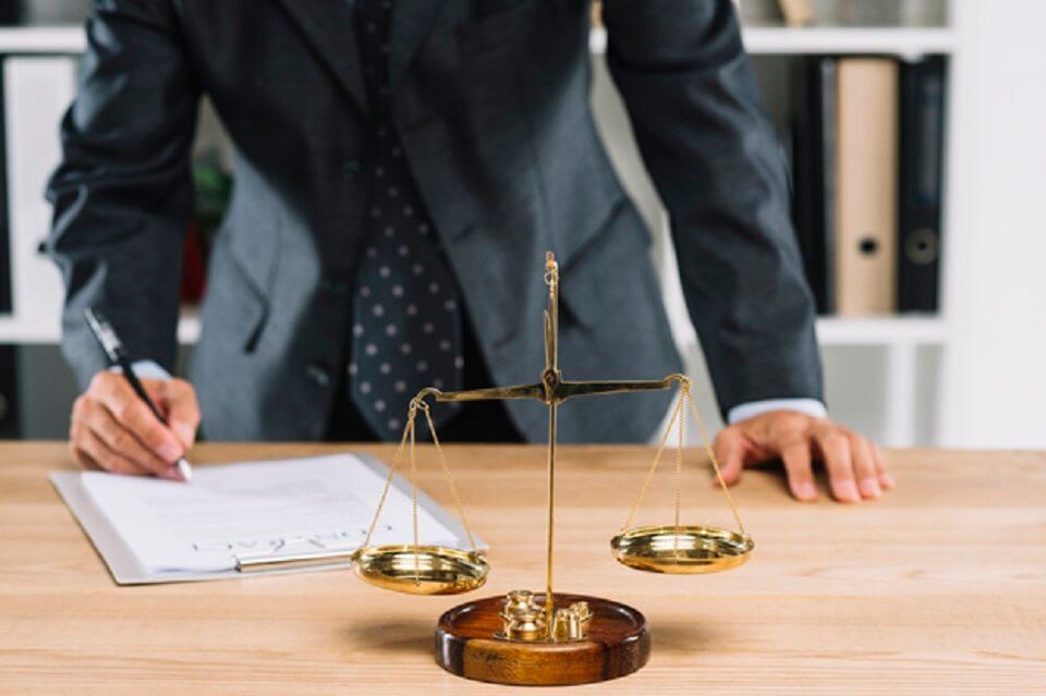 Acquisto immobiliare: le spese notarili si possono detrarre?