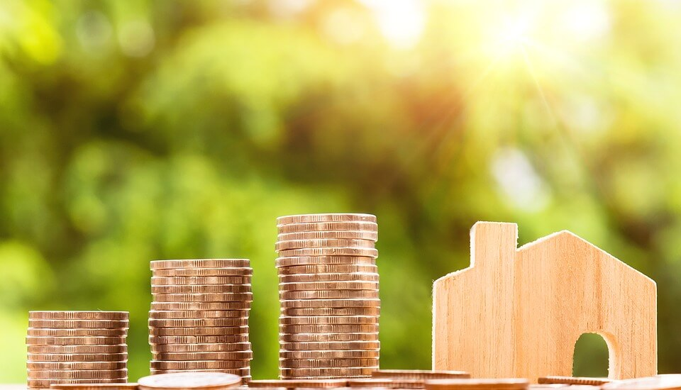 Atto di vendita immobiliare: come fare il preliminare e il rogito.
