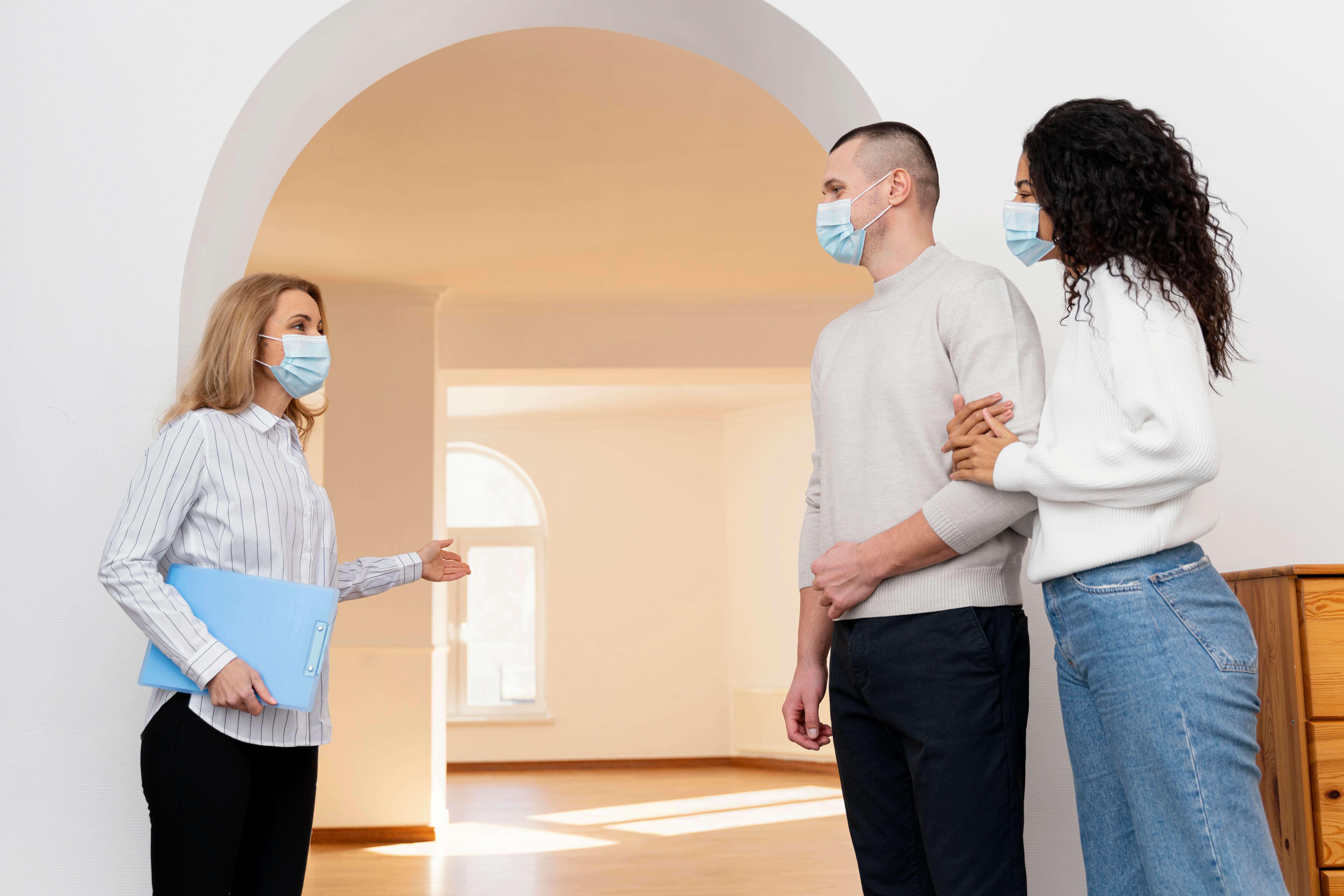 Il Galateo del buon Agente Immobiliare. Cosa non fare davanti ai clienti.