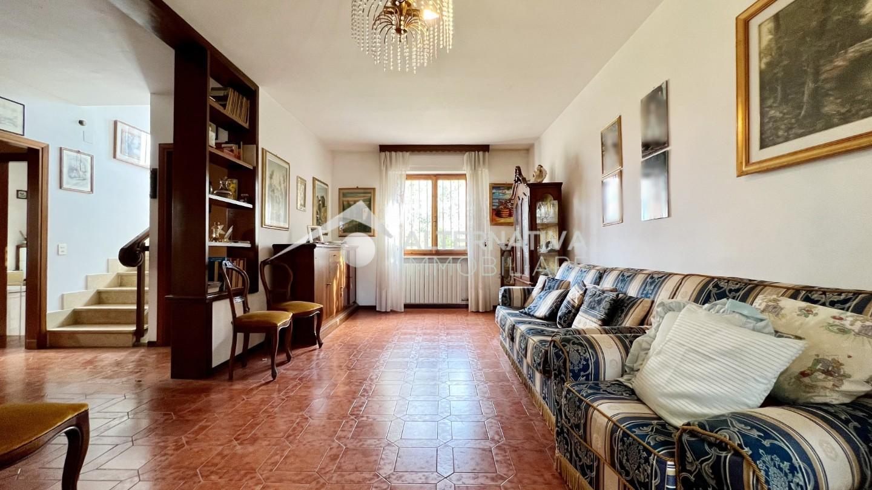 Villetta bifamiliare in vendita a Pisa