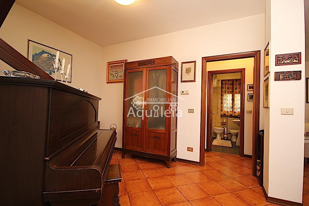 Villa singola in vendita, rif. AQ 1938