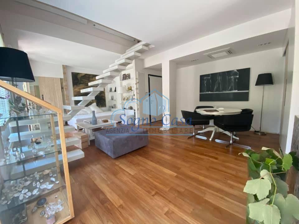 Attico in vendita a Ronchi, Massa