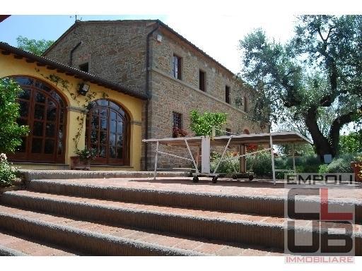 Azienda Agricola in vendita a Capraia e Limite, 8 locali, prezzo € 1.400.000   CambioCasa.it