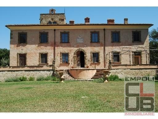 Villa in vendita a Empoli, 30 locali, prezzo € 20.000.000 | CambioCasa.it