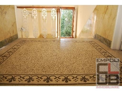 Villa in vendita a Empoli, 13 locali, prezzo € 1.000.000 | CambioCasa.it