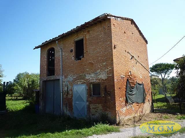 Rustico in vendita a Santa Croce sull'Arno (PI)