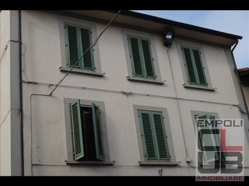 Villa in vendita a Empoli, 10 locali, prezzo € 650.000 | CambioCasa.it