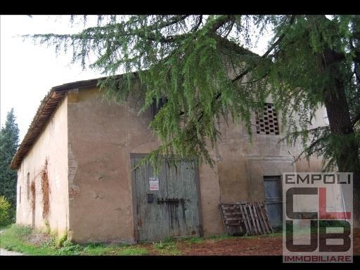 Rustico / Casale in vendita a Empoli, 15 locali, prezzo € 360.000 | CambioCasa.it