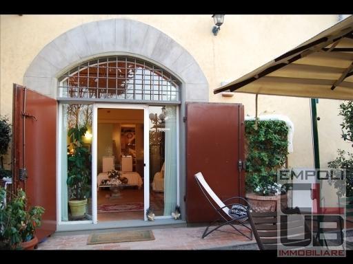 Villa in vendita a Empoli, 5 locali, prezzo € 480.000 | CambioCasa.it