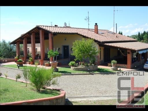 Rustico / Casale in vendita a Montelupo Fiorentino, 8 locali, prezzo € 790.000 | CambioCasa.it