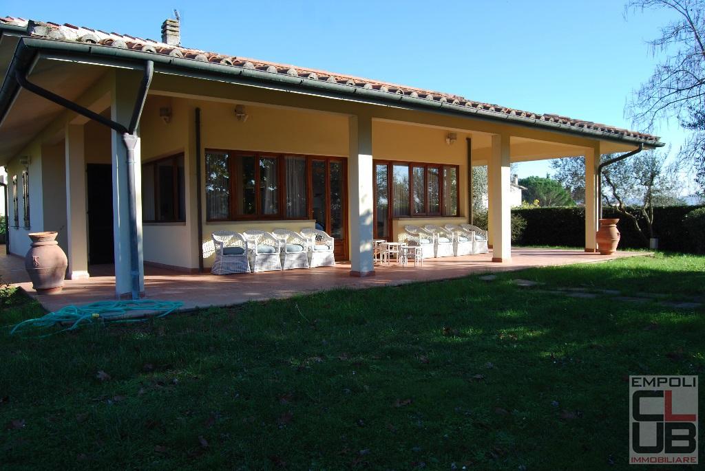 Villa in vendita a Vinci, 10 locali, prezzo € 1.200.000   CambioCasa.it