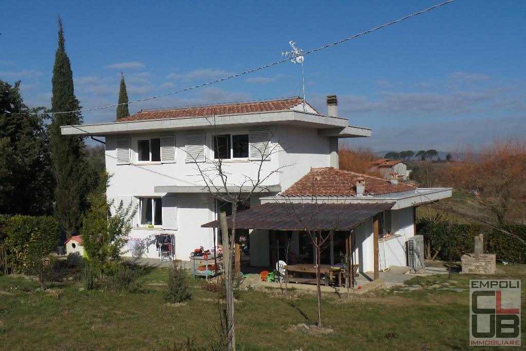 Villa in vendita a Empoli, 5 locali, prezzo € 490.000 | CambioCasa.it