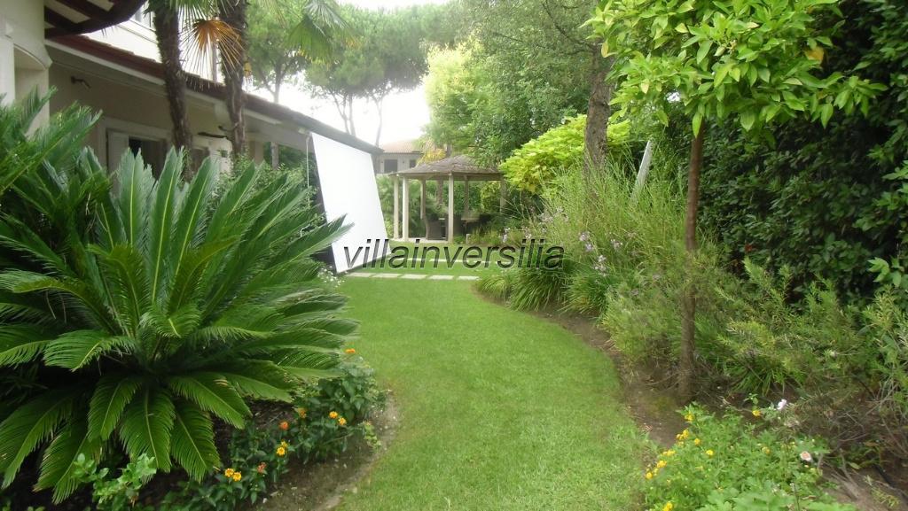 Foto 3/21 per rif. V9913 villa