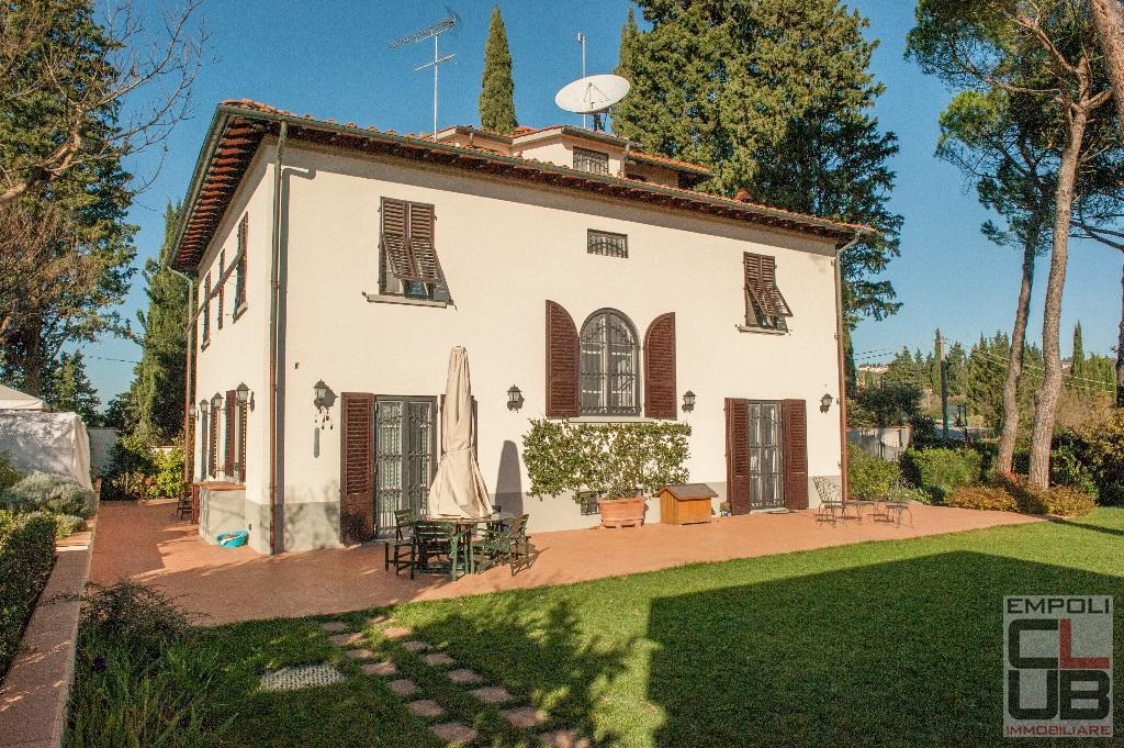 Villa in vendita a Lastra a Signa, 9 locali, prezzo € 1.350.000 | CambioCasa.it