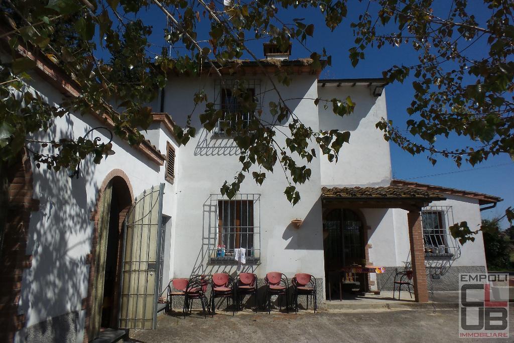 Rustico / Casale in vendita a Empoli, 6 locali, prezzo € 390.000 | CambioCasa.it