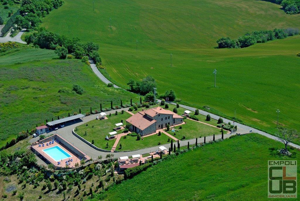 Rustico / Casale in Vendita a Volterra