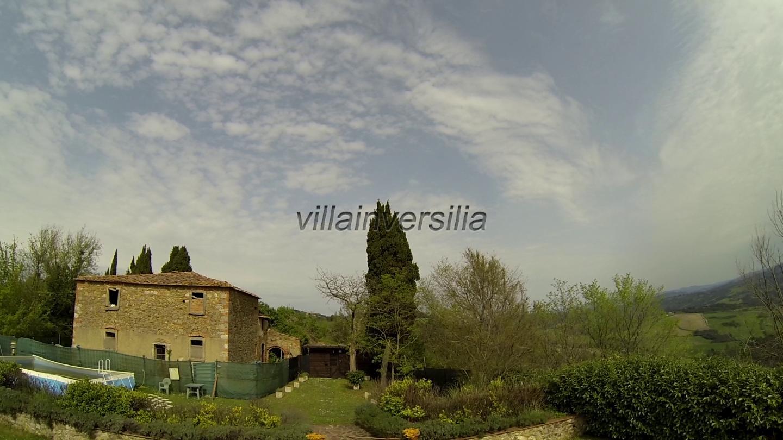 Colonica a Volterra