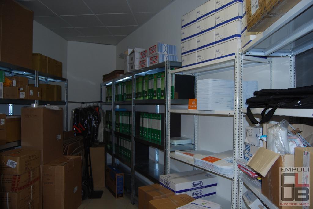 Locale comm.le/Fondo in vendita, rif. 1/3042