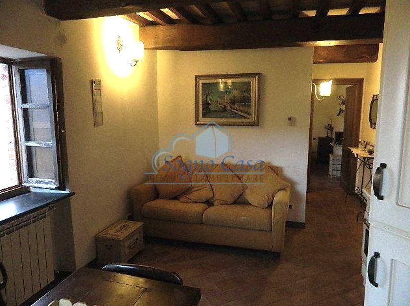 Appartamento in vendita a Fosdinovo (MS)