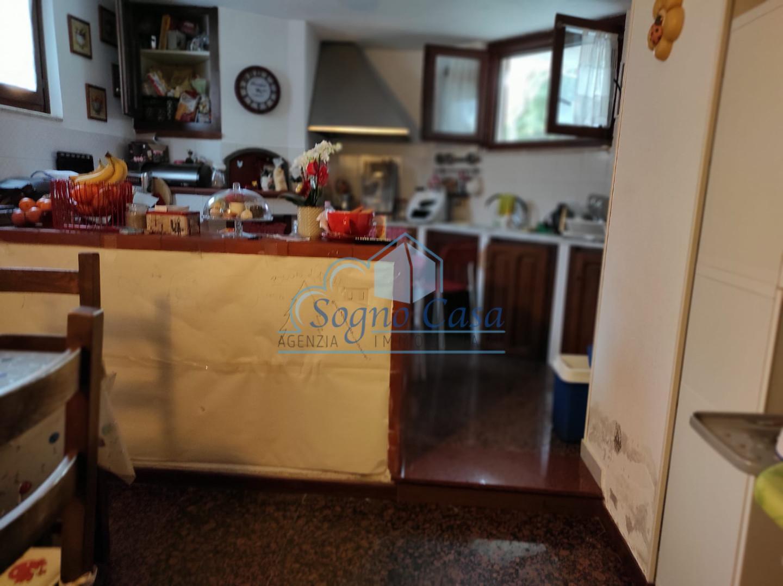 Porzione di casa in vendita, rif. 100517
