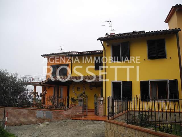 Villetta trifamiliare in vendita a Cerreto Guidi (FI)