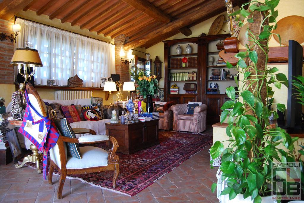 Rustico / Casale in vendita a Empoli, 6 locali, prezzo € 750.000 | CambioCasa.it