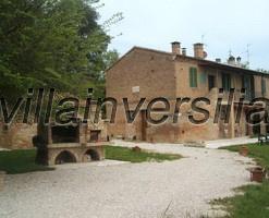 Foto 2/7 per rif. V 5316   rustici   Siena