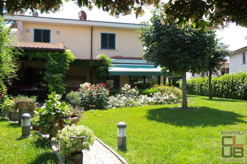 Villa in vendita a Empoli, 6 locali, prezzo € 590.000 | CambioCasa.it