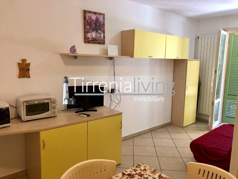 Appartamento in affitto, rif. A-230