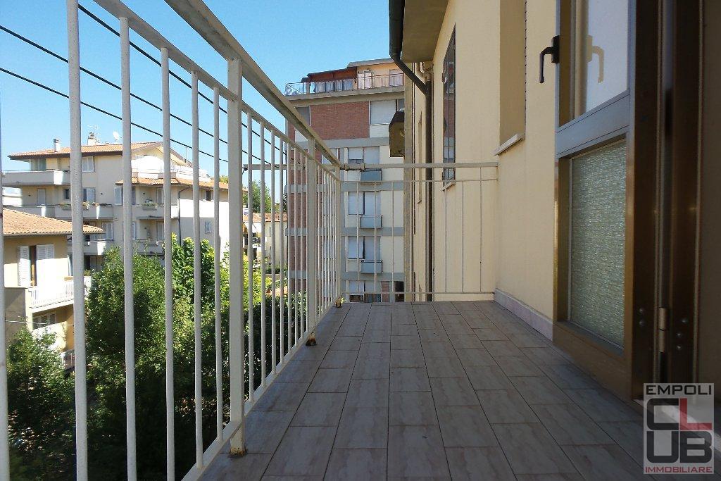 Appartamento in vendita a Empoli, 4 locali, prezzo € 170.000 | CambioCasa.it