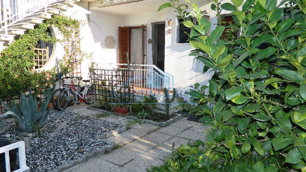 Appartamento in vendita a Ortonovo, 4 locali, prezzo € 175.000 | PortaleAgenzieImmobiliari.it
