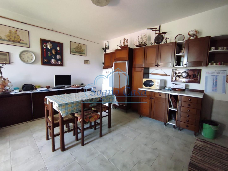 Appartamento in vendita, rif. 105760