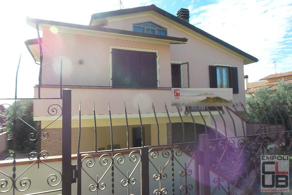 Villa in vendita a Montelupo Fiorentino, 7 locali, prezzo € 480.000 | CambioCasa.it