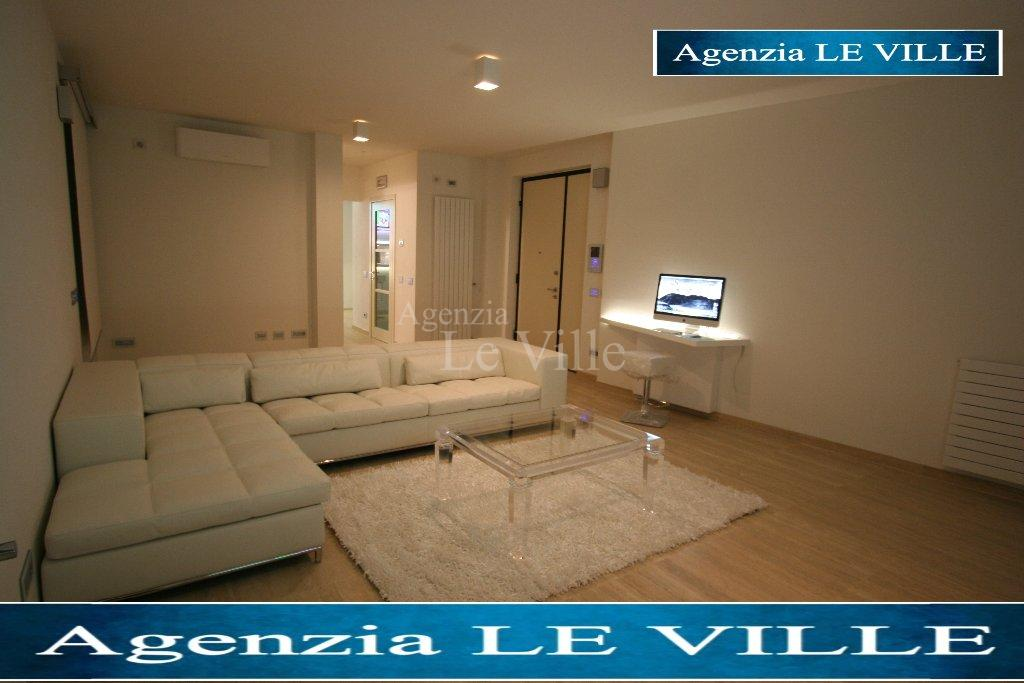 Villa for sale in Camaiore (LU)