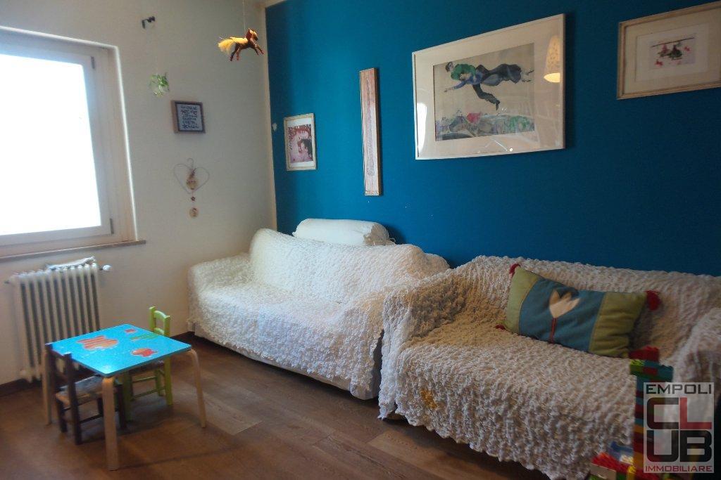 Appartamento in vendita a Empoli, 5 locali, prezzo € 180.000 | CambioCasa.it