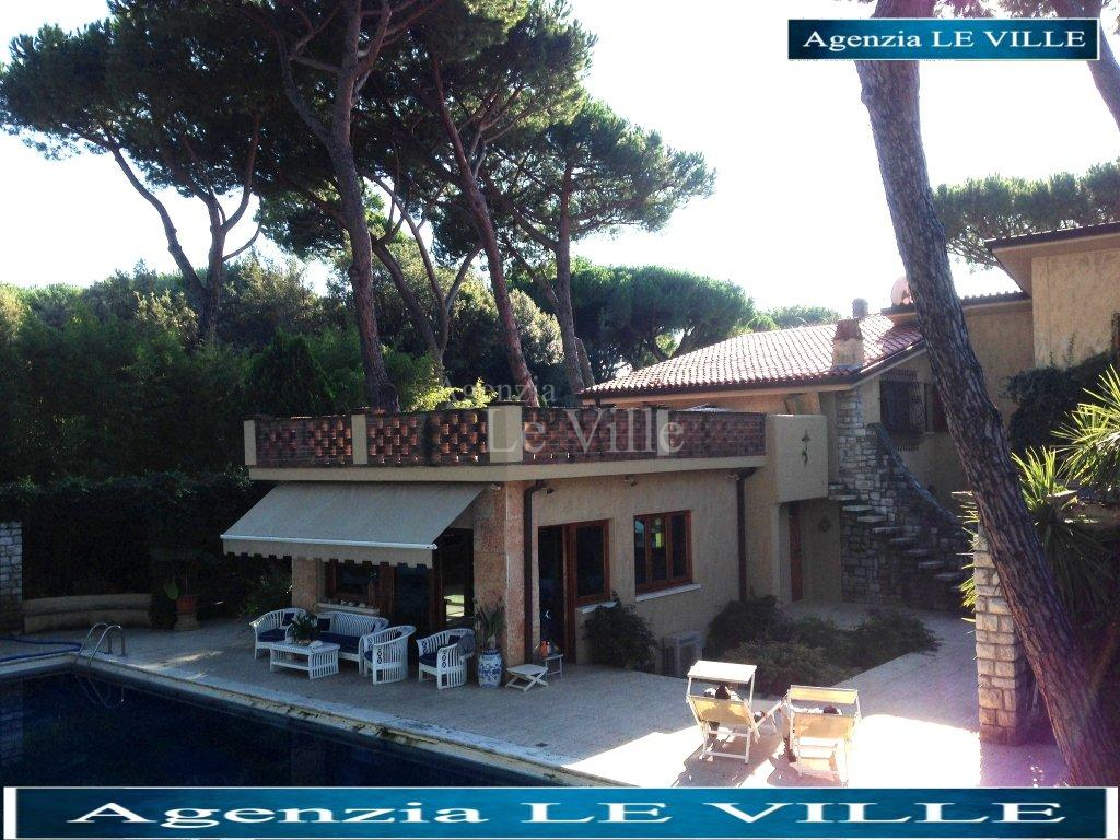 Villa for sale in Pietrasanta (LU)
