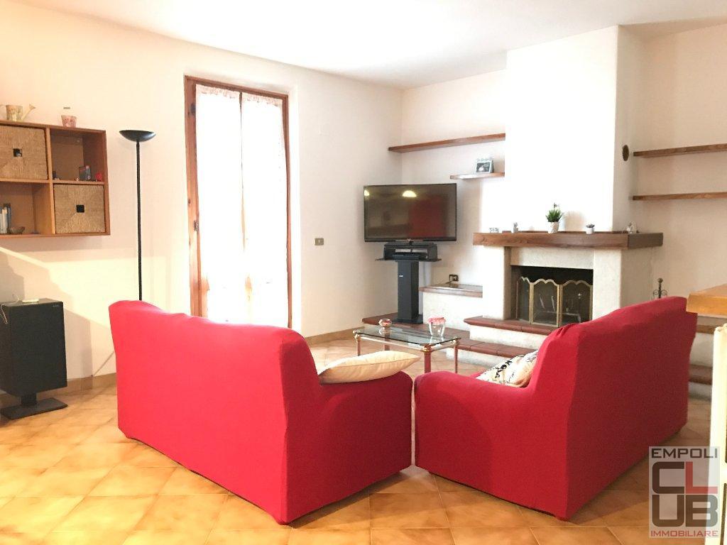 Appartamento in vendita a Vinci, 5 locali, prezzo € 250.000   CambioCasa.it