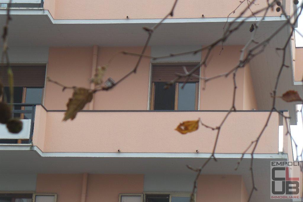 Foto 1/14 per rif. B/0001