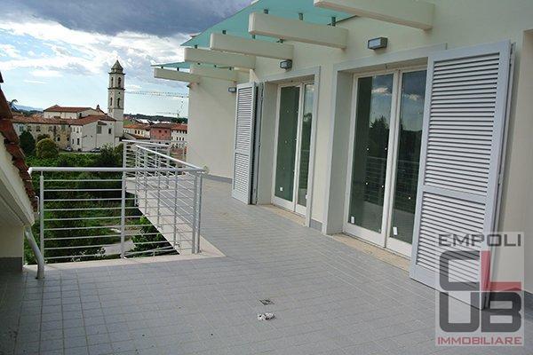 Attico / Mansarda in vendita a Empoli, 5 locali, prezzo € 399.000 | CambioCasa.it