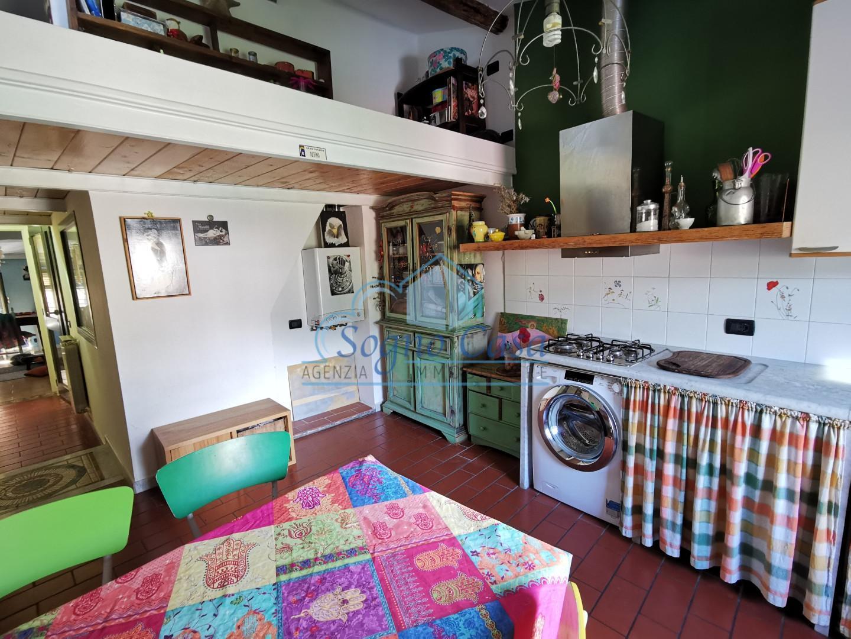 Appartamento in vendita, rif. A804