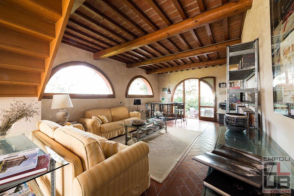 Rustico / Casale in affitto a Empoli, 6 locali, prezzo € 1.500 | CambioCasa.it