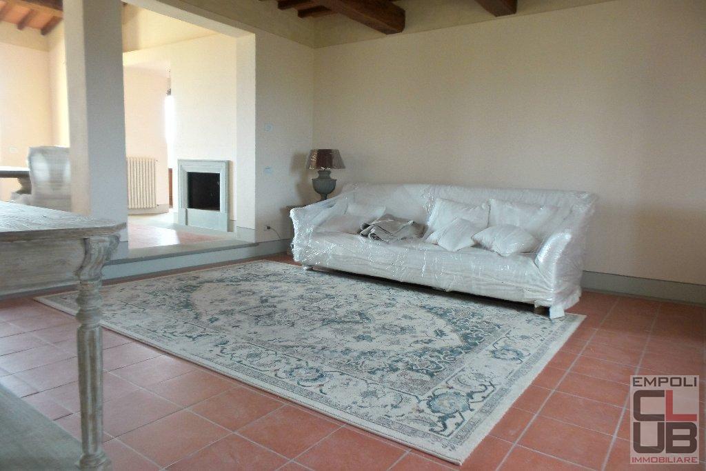 Rustico / Casale in affitto a Empoli, 6 locali, prezzo € 1.600 | CambioCasa.it