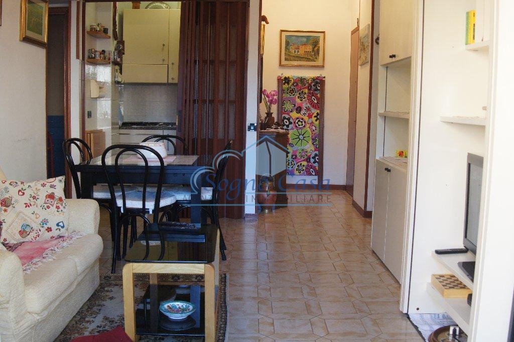 Appartamento in affitto a Ortonovo, 3 locali, prezzo € 500 | PortaleAgenzieImmobiliari.it