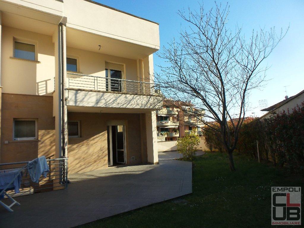 Soluzione Indipendente in vendita a Capraia e Limite, 5 locali, prezzo € 300.000 | CambioCasa.it