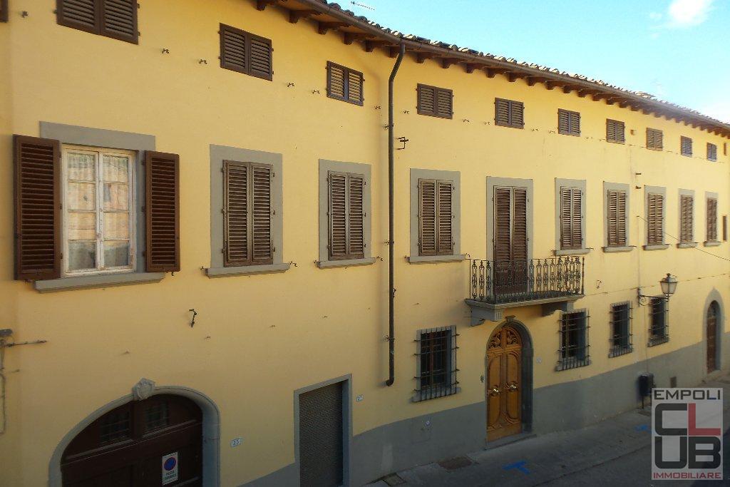 Villa in Vendita a Cerreto Guidi