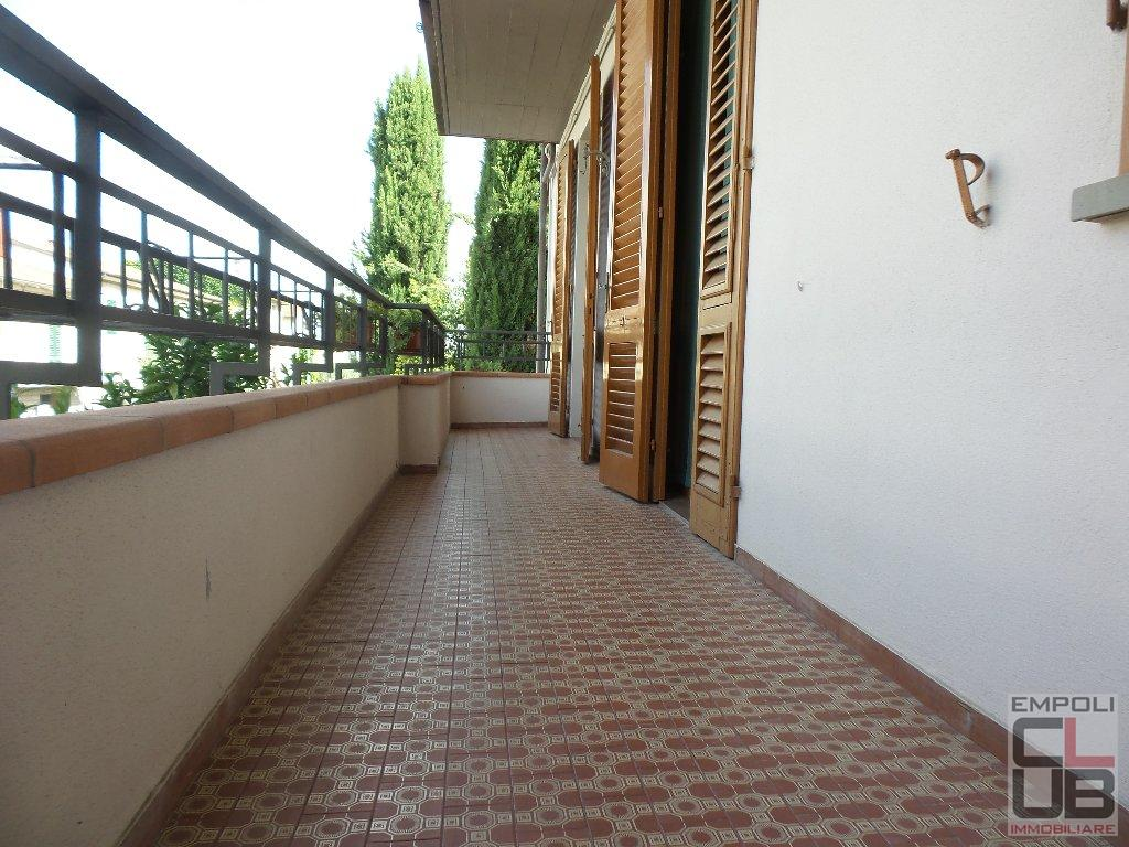 Appartamento in affitto a Empoli, 5 locali, prezzo € 650 | CambioCasa.it