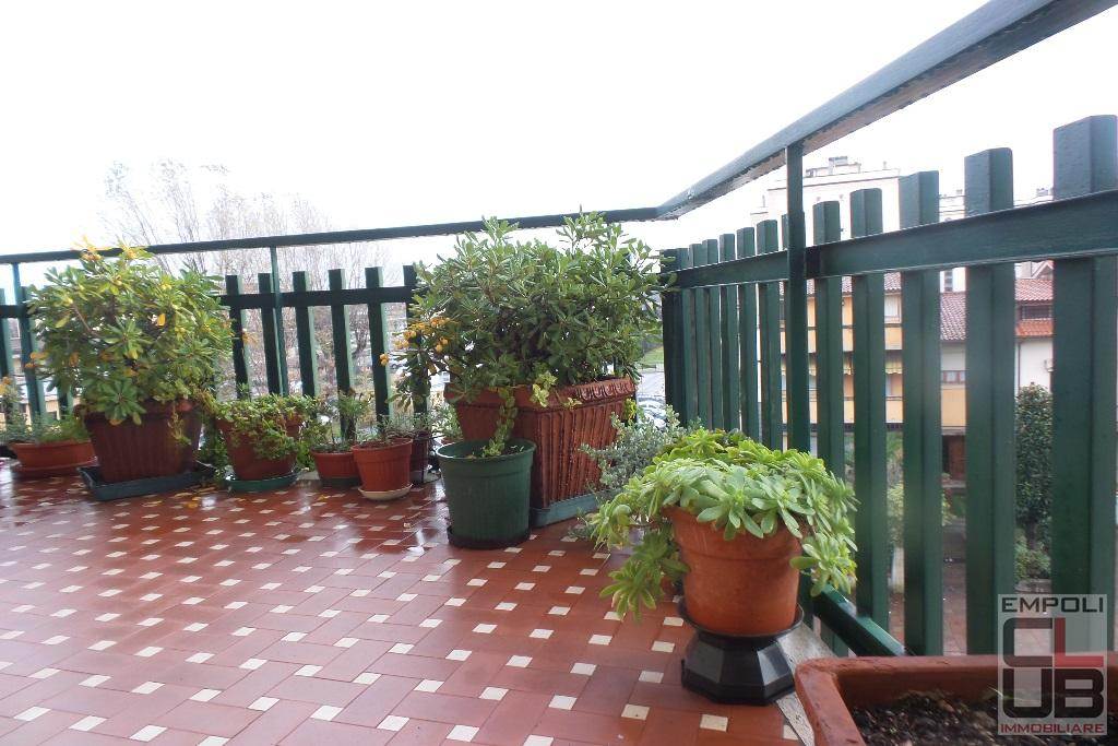 Appartamento in vendita a Empoli, 5 locali, prezzo € 215.000 | CambioCasa.it
