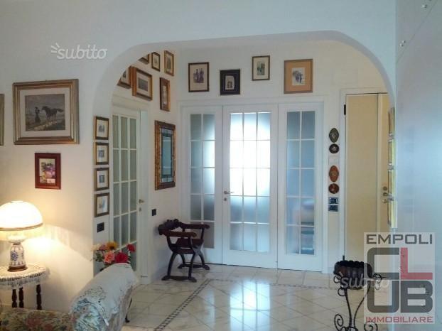Appartamento in vendita a Empoli, 4 locali, prezzo € 180.000 | CambioCasa.it