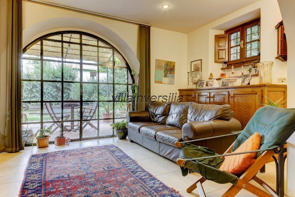 Foto 8/11 per rif. V 4117 villa Pietrasanta