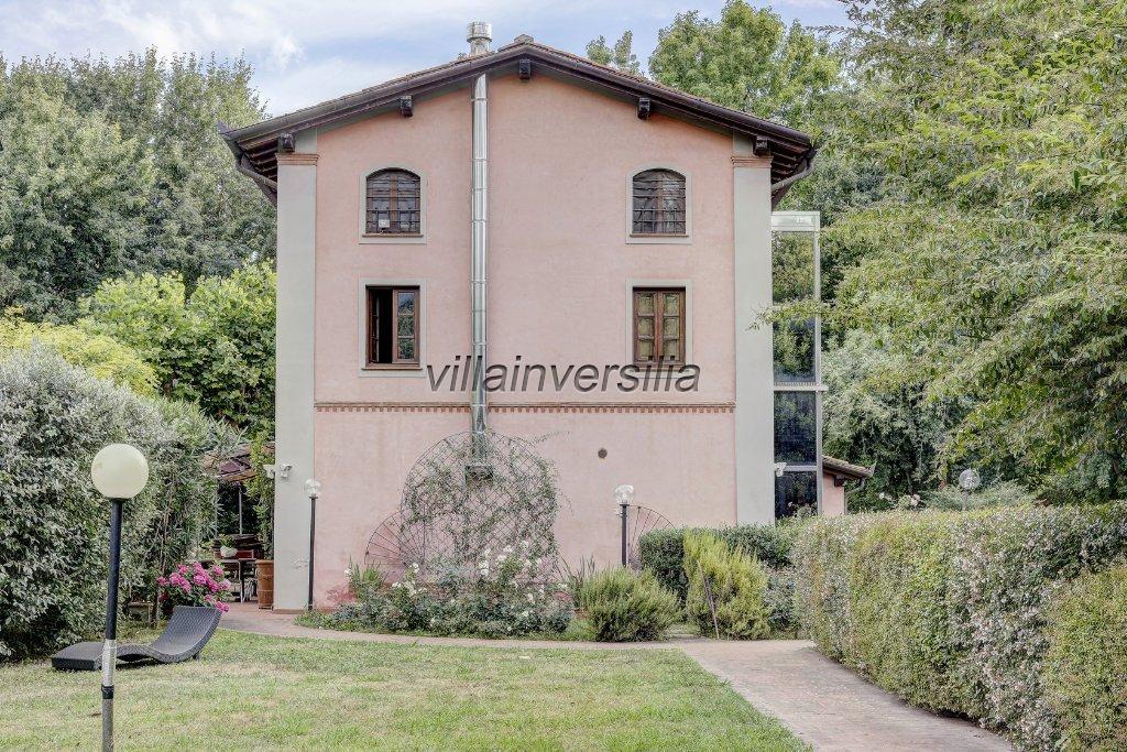 Foto 4/11 per rif. V 4117 villa Pietrasanta